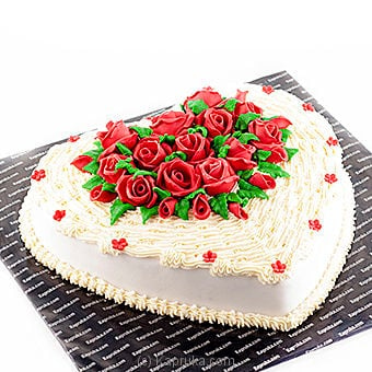 Kapruka Red Roses On A Heart Online at Kapruka | Product# cake00KA00148