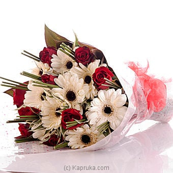 Captured My Heart Flower Bouquet Online at Kapruka | Product# flowers00T581
