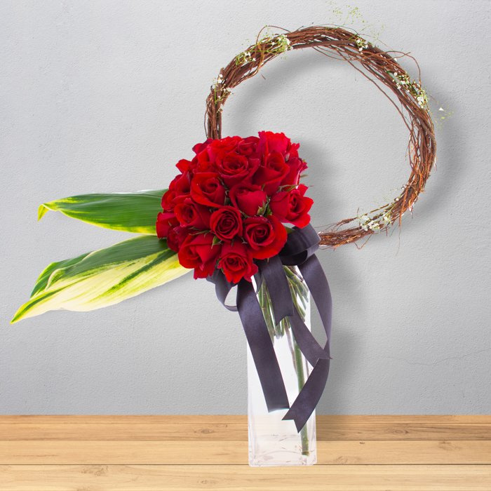 Twig Ring Roses- Mix Of Red Roses Online at Kapruka | Product# flowers00T1172