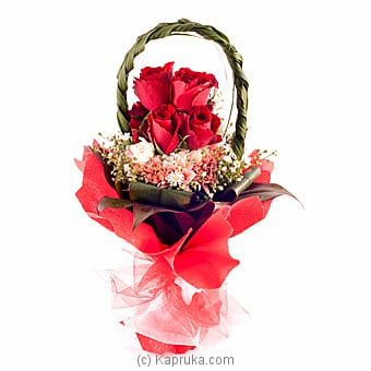 Lavish Blooms Online at Kapruka | Product# flowers00T684