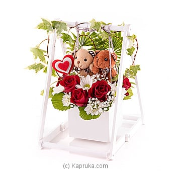Sway Together In Love Online at Kapruka | Product# flowers00T807