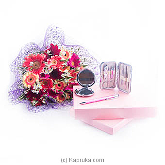 Pretty Women Bunch Of Gerberas With Gift Set Online at Kapruka | Product# flowers00T951