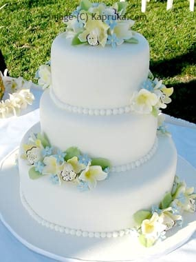 Lanka Chandani Wedding Cake Structures