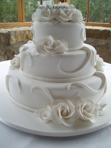 How Long In Advance To Make Wedding Cake